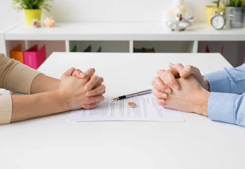 What To Do If You Can't Afford a Divorce